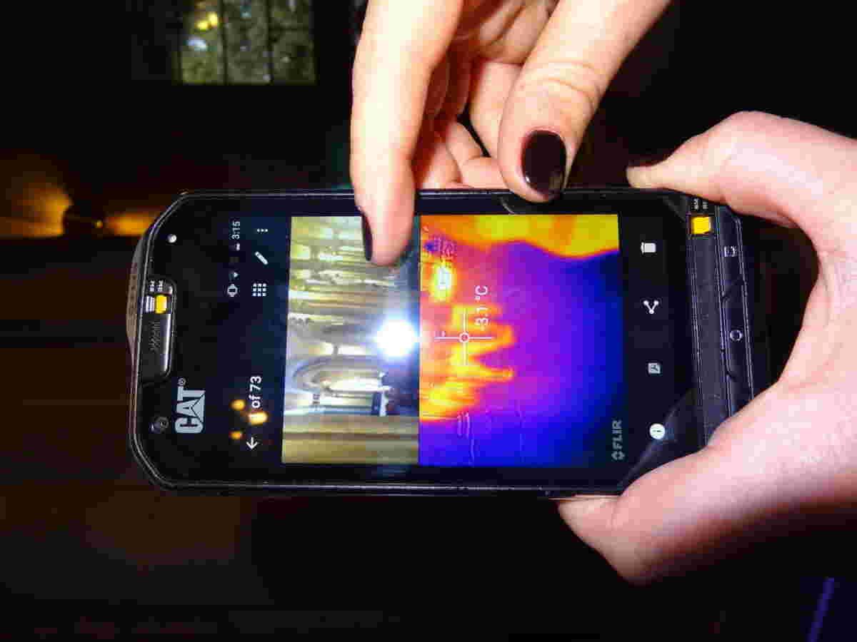 猫S60是一个可以在黑暗中看到的智能手机(+视频)