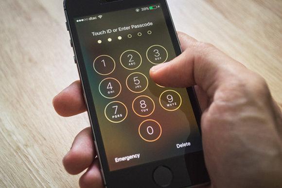在星期二的听力点击苹果对抗FBI期间要记住的5件事