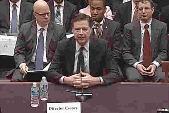 FBI Director承认使用San Bernardino iCloud重置错误