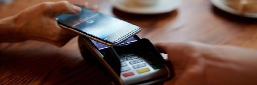 桑坦德英国从巴克莱招募数字银行专家