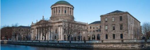 在Schrems对抗爱尔兰监管机构的法律挑战之后,法院批判Facebook数据分享